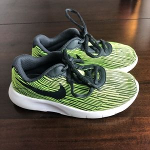 Nike Green and Black Sneakers